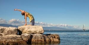 Claire Sunny Yoga