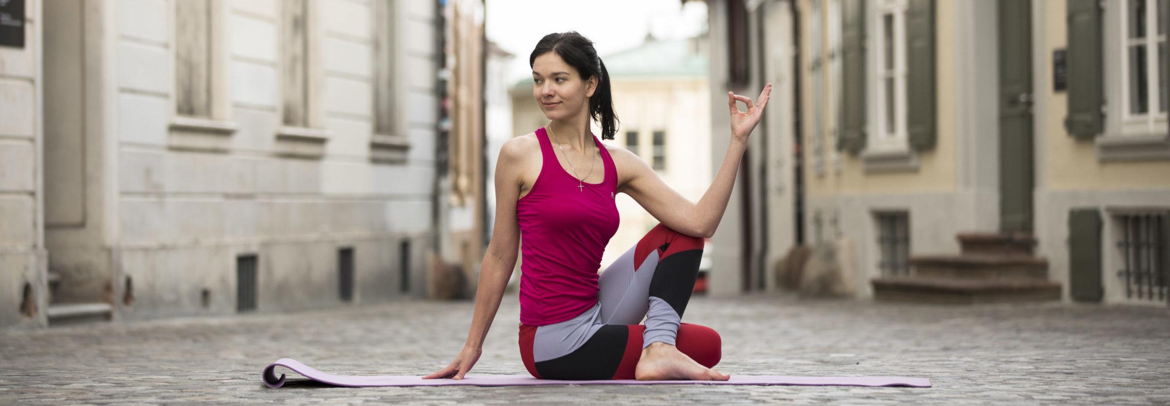 Elad Itzkin Yoga Photography - karyna meier ELAD9808