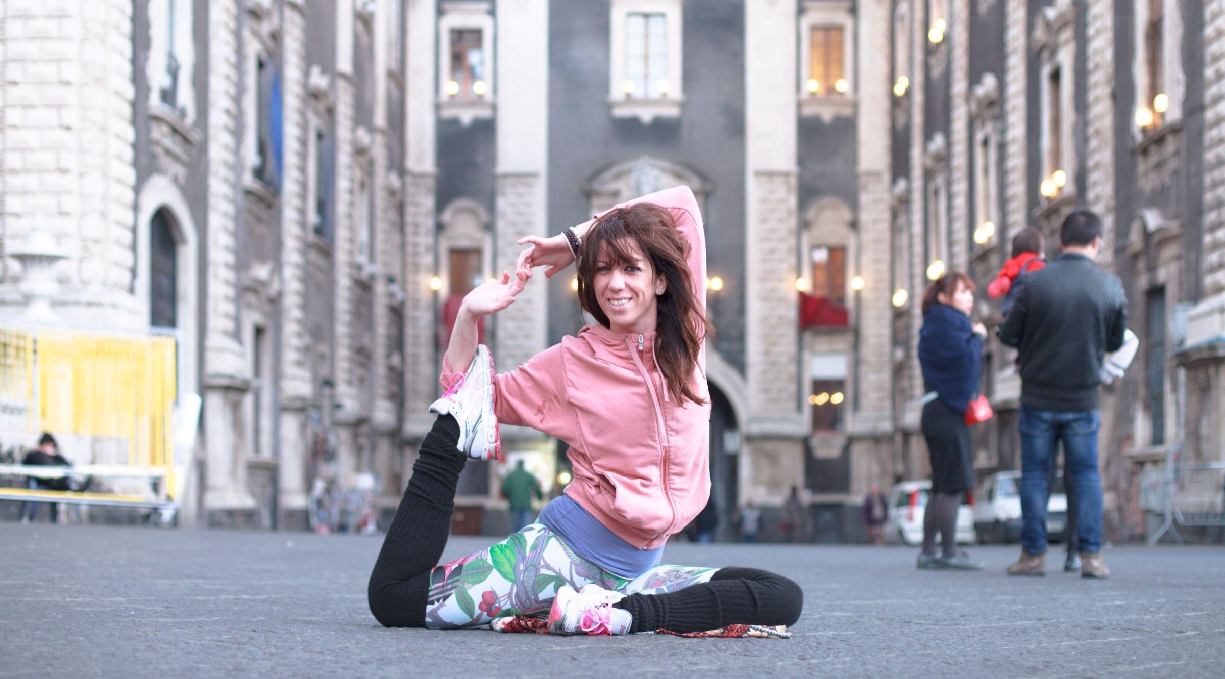Alessia La Rosa lakshmi home catania sicily italy elad itzkin yoga photography