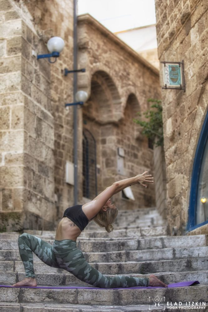 Elad Itzkin Yoga Photography - Kim Bassen and Eyal Mayer - ELAD4431