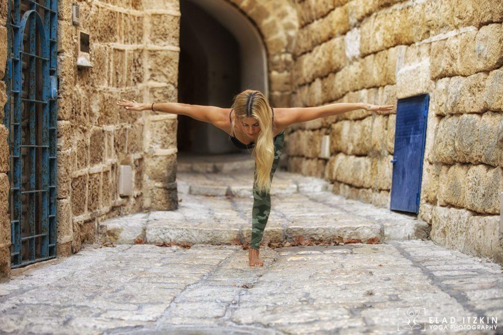 Elad Itzkin Yoga Photography - Kim Bassen and Eyal Mayer - ELAD4469