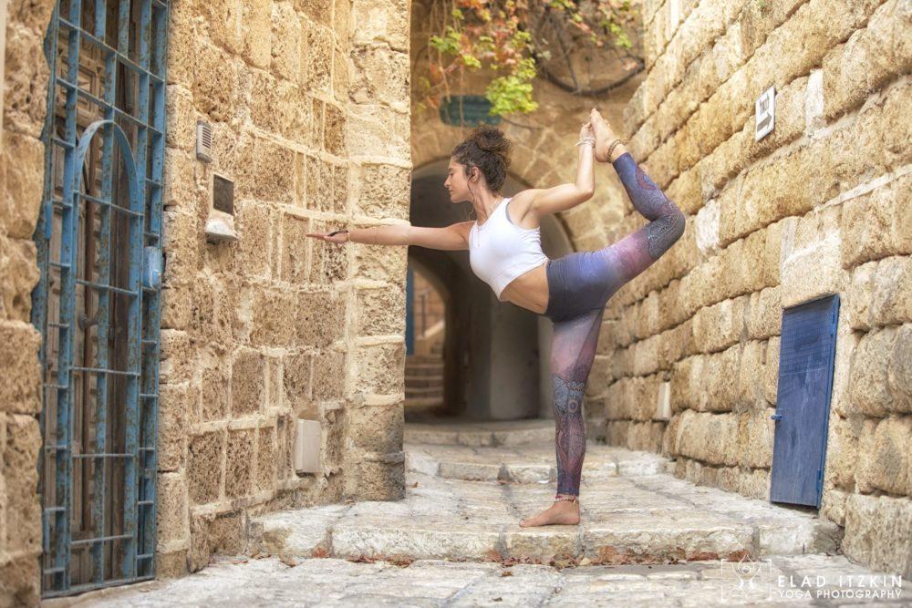 Elad Itzkin Yoga Photography - Kim Bassen and Eyal Mayer - ELAD4523