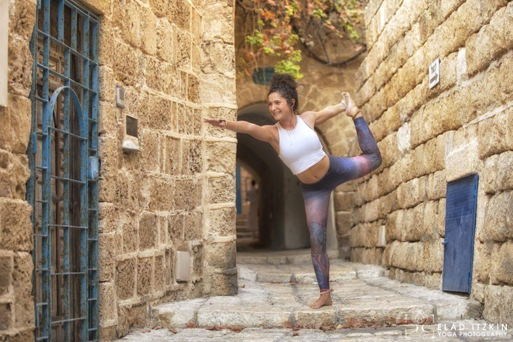 Elad Itzkin Yoga Photography - Kim Bassen and Eyal Mayer - ELAD4529