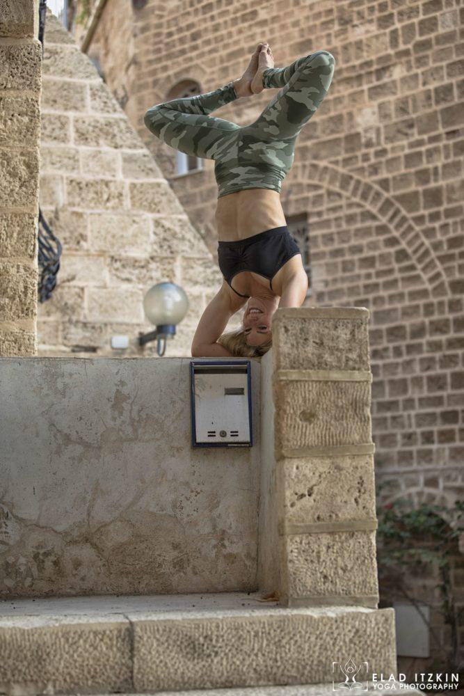 Elad Itzkin Yoga Photography - Kim Bassen and Eyal Mayer - ELAD4576