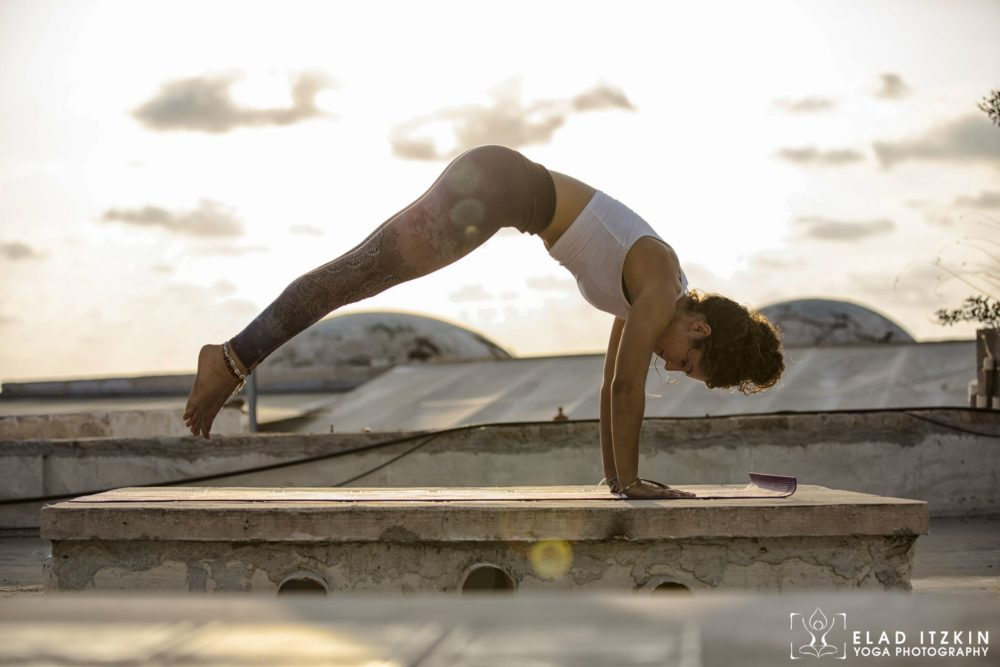 Elad Itzkin Yoga Photography - Kim Bassen and Eyal Mayer - ELAD4592