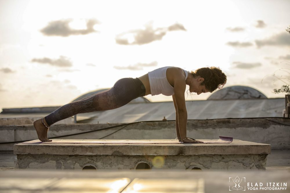 Elad Itzkin Yoga Photography - Kim Bassen and Eyal Mayer - ELAD4593
