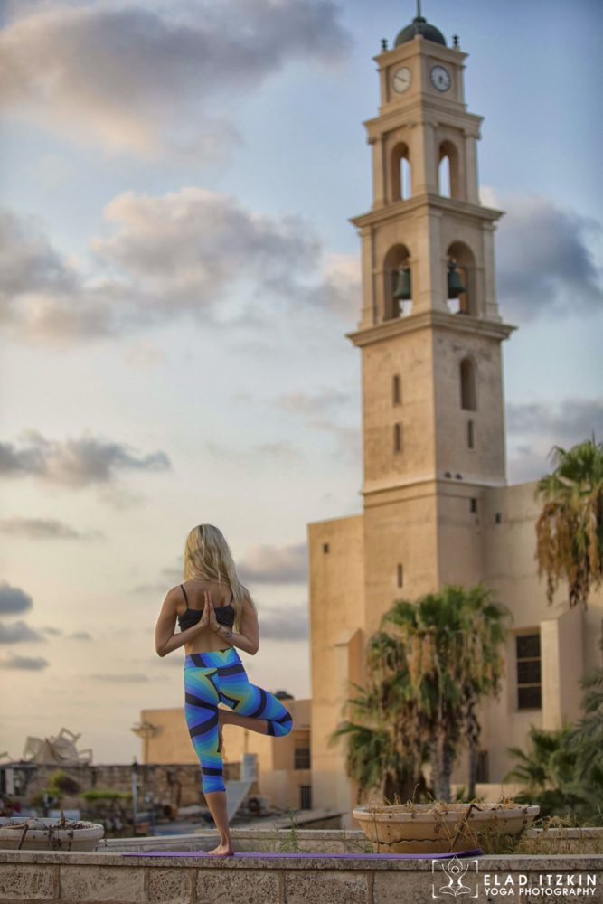 Elad Itzkin Yoga Photography - Kim Bassen and Eyal Mayer - ELAD4678