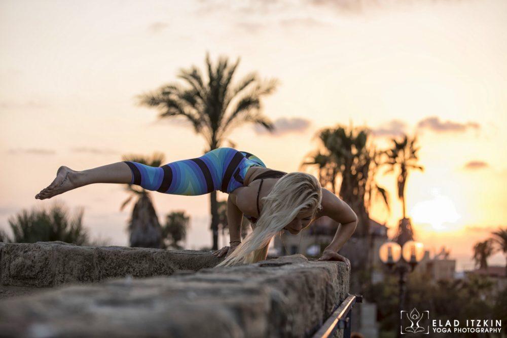 Elad Itzkin Yoga Photography - Kim Bassen and Eyal Mayer - ELAD4822