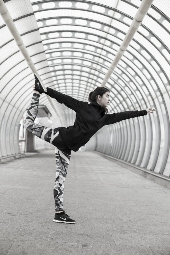 Elad Itzkin Yoga Photography - Poleen d'Athis 0503