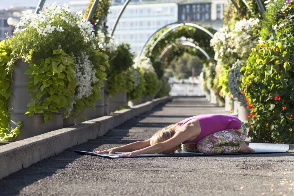 Maeva Fages Yoga - Geneva Switzerland - Elad Itzkin Yoga Photography 0504