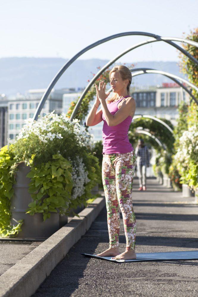 Maeva Fages Yoga - Geneva Switzerland - Elad Itzkin Yoga Photography 0521