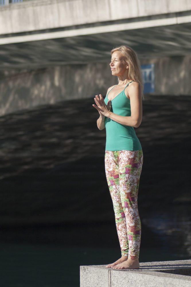 Maeva Fages Yoga - Geneva Switzerland - Elad Itzkin Yoga Photography 0645