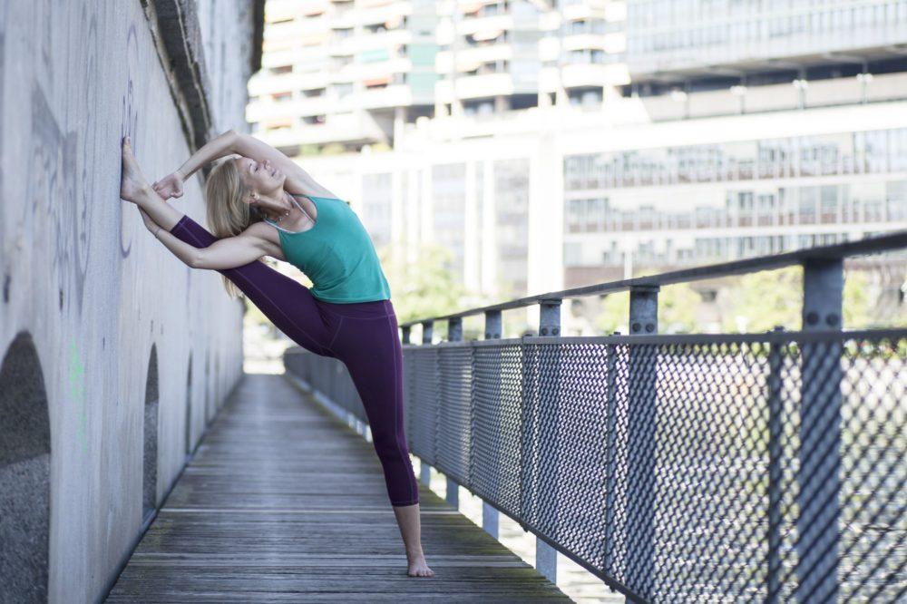 Maeva Fages Yoga - Geneva Switzerland - Elad Itzkin Yoga Photography 0958