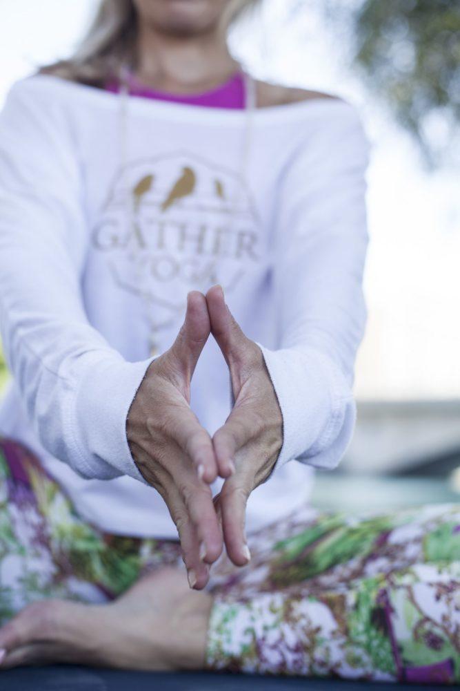 Maeva Fages Yoga - Geneva Switzerland - Elad Itzkin Yoga Photography 1210
