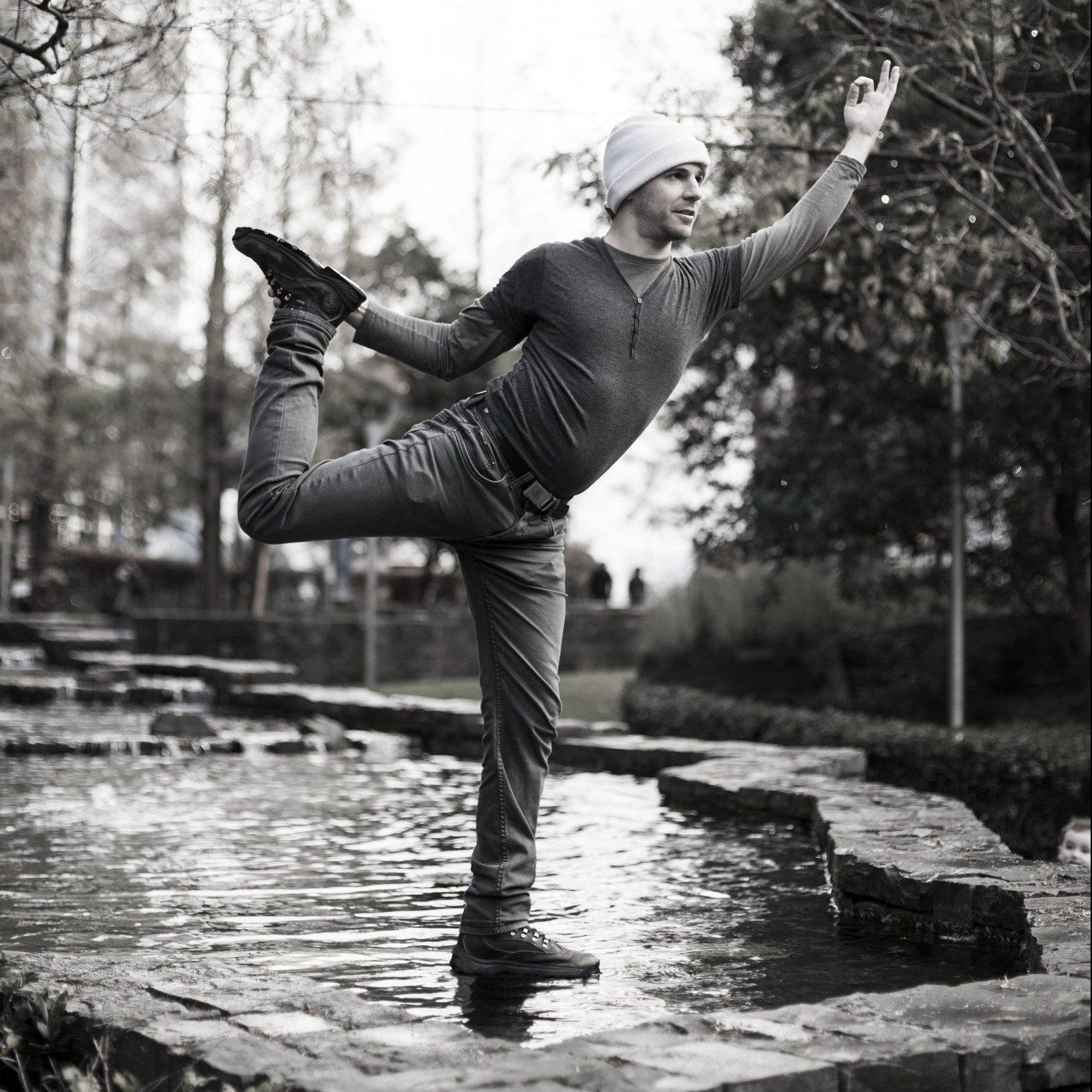 Elad Itzkin Yoga Photographer